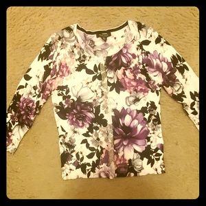 New snap down sweater BEAUTIFUL size M